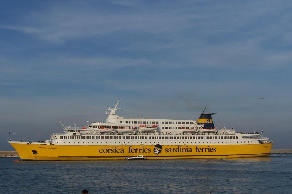 CORSICA SARDINIA FERRIES FB Corsica Victoria 04_Personale 13No05