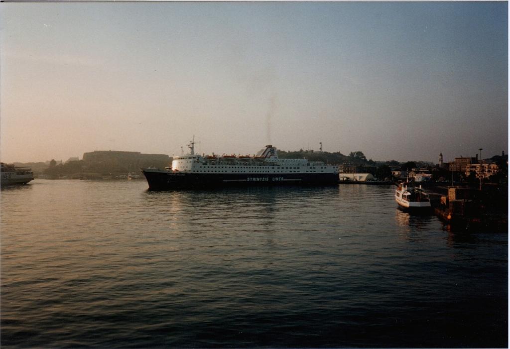 STRINTZIS LINES FB Ionian Island 01