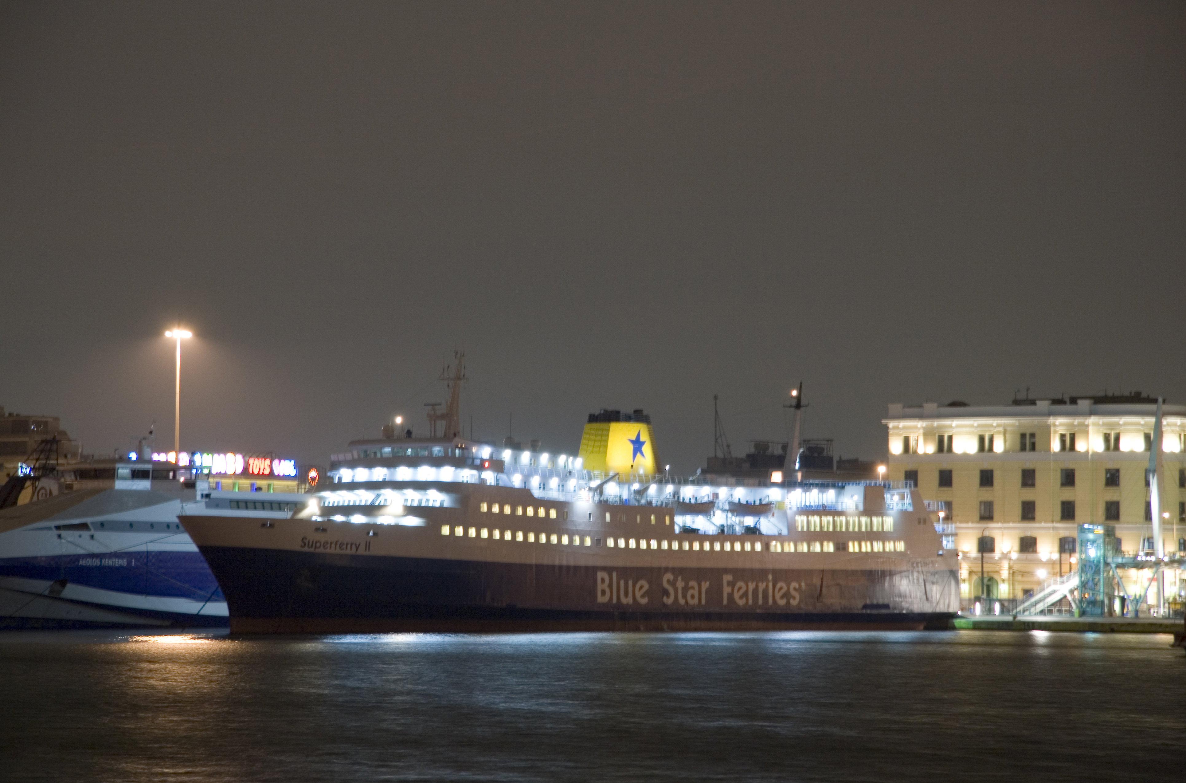 BLUE STAR FERRIES FB Superferry II 27_Personale 27No07