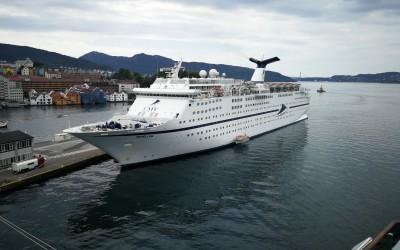Traghetti e crociere in nord europa, vecchi liner alla conquista dei fiordi